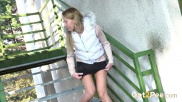 Crouching Steps screen cap #22