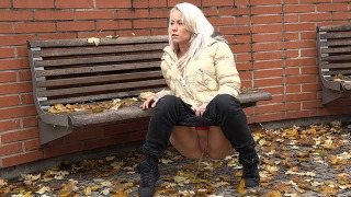 Pee Video Eurobabe Pissing