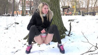 Pee Video Pink Laces
