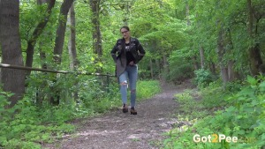 Preview Got 2 Pee - Desperate In The Woods