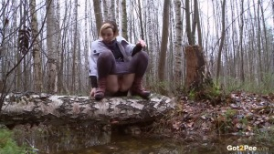 Preview Got 2 Pee - Steamy Woodland Pee