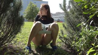 Pee Video Between the Trees