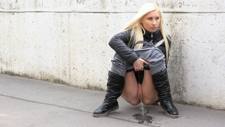 Pee Video Booted Blonde