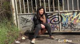 Grafitti Peeing screen cap #14