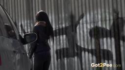 Grafitti Peeing screen cap #23