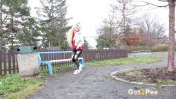 Gushing In The Park screen cap #3