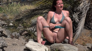 Pee Video Holiday Adventures