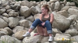 Maggy on Rocks screen cap #19